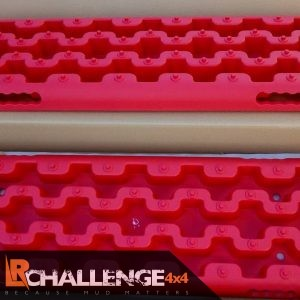 Recovery Off road Boards a must have an any 4×4 offroader Red pair