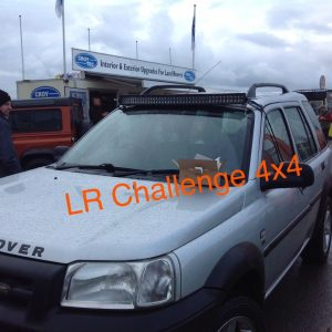 42″ LED Light Bar Set Up With Brackets 400w to fit Land Rover Freelander