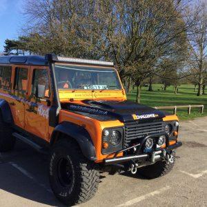 52″ LED Custom Light Bar Brackets to fit Gutters Land Rover Defender