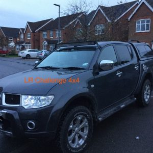 "Mitsubishi L200 Triton Custom Led Light Bar Brackets For A 42"" Led Light Bar"