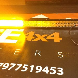 "32"" Flat LED Light Bar Recovery White/Orange 12v Or 24v Flash with Remote"